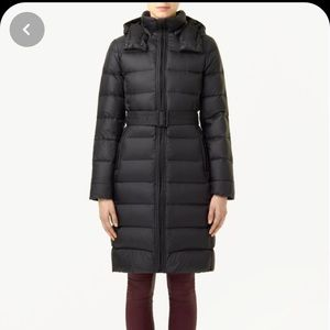 Aritzia Black down coat XS